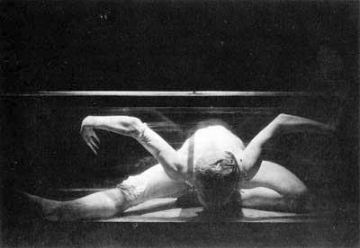 Living Space Yvetter Bozsik - Demarco - 1990